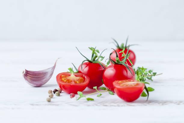 томаты и чеснок